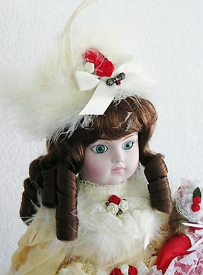 """Gorham Christmas Muscial Doll - """"MERRIE"""" 1987 Boxed w/COA 20 inches #8877"""