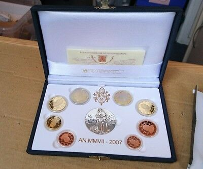 2007 UFN Pontificate of Benedict XVI Proof Coin Set, Collectable (DC)