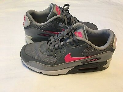 NIKE Air Max 90 Kids Size 6Y Gray and Pink Athletic Shoes