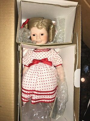 Shirley Temple Dolls of the Silver Screen Stand Up And Cheer - NIB