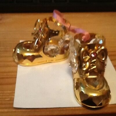"""Sun reflects on the Crystals """"BABY SHOES"""" SUN CATCHER PLATEDlot 34"""