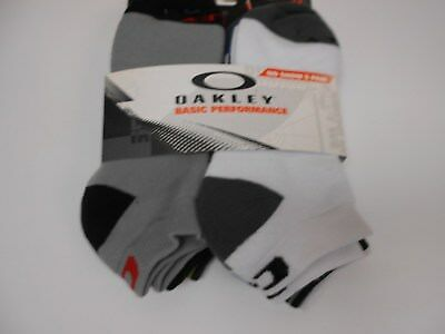 Oakley Performance Golf Socks. 5 Pair. Size 5-9.5. Asst Colors  No Shows  N534