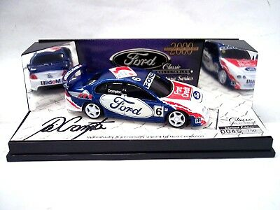 Classic Carlectables Signature Series 2000 1:43 Neil Crompton