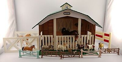 Breyer Horses Lot Of (9) w/ Stable - Classics Stablemates Little Bits