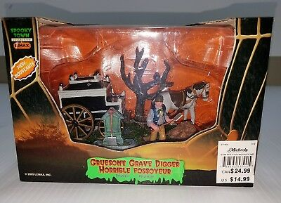 Lemax Spooky Town Gruesome Grave Digger 2005 Halloween Village 53530 New!