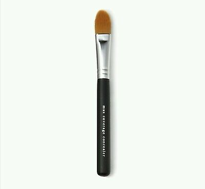 Bare Minerals Maximum Coverage Concealer Brush Brand New and Sealed