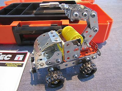 Steel Tec construction toys Fire pumper fire truck with manual and box Remco