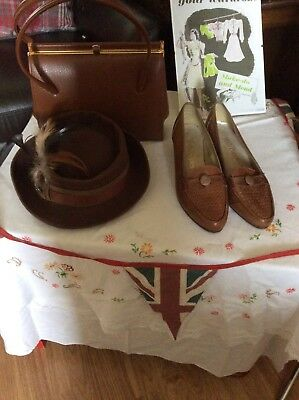 Vintage 1940s WWII Land Girl Style Hush Puppies Ladies Shoes Size 6.5