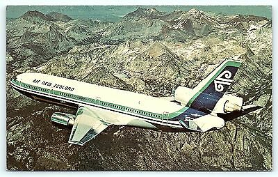 Postcard Air New Zealand Limited DC-10 Airlines Plane Posted Stamps Airmail B36