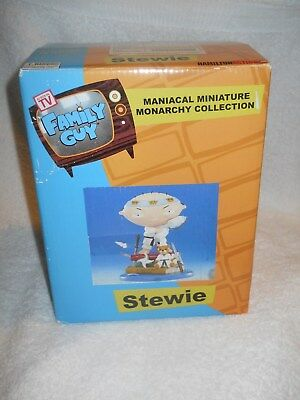Family Guy Maniacal Minifigure Monarchy Collection Stewie NIB Hamilton Action