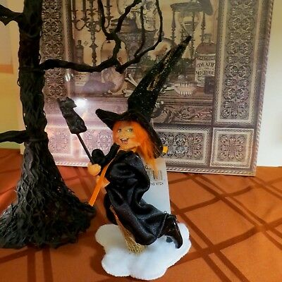 """Annalee Halloween 10"""" Flying Witch On Broom W/cat - #301706 - Nwt- 2006  Rare!"""
