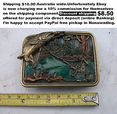 Belt buckle trout fishing motiv Bergamot brass works great collectable good cond