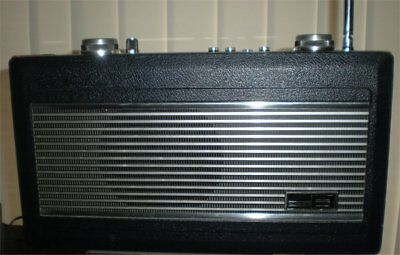 Quality Roberts R900 Transistor Radio Working Order Mains/battery