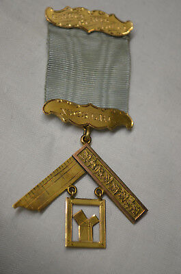 Antique Gold Masonic Solid 10K Gold Medal Lodge 528 Timmins Circa 1923 and Case