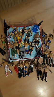 WWF/WWE Superstar Raw wrestling ring with ****23 ***figures bundle Job Lot