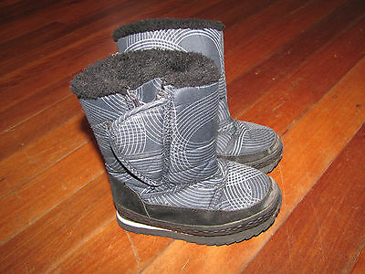 ELUDE Black & Grey Snow Boots Size 10 (EUR 28)