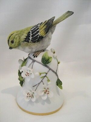 """'the Goldcrest"""" Ceramic Bell By Peter Barrett. Franklin Mint 1990. Made In Japan"""