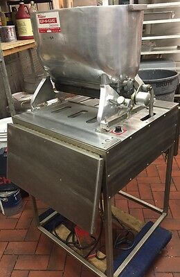 Rhodes Kup-N-Kake Electric Automatic Batter CupCake Depositor On Stainless Stand