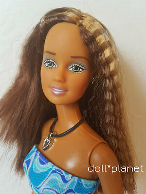 Cali Girl TERESA - Beautiful Collectible Barbie doll - dressed tanned crimped