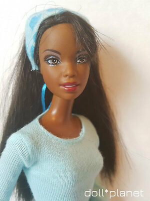 Gorgeous CHRISTIE Doll - dressed blue dress Mattel African American Barbie AA