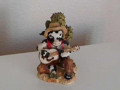 1992 Ganz Cowtown Bull Rogers Cow Guitar Player Figurine