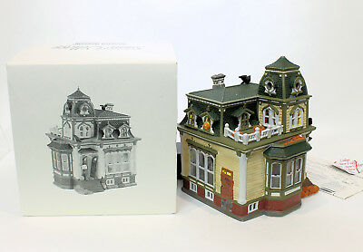 1998 Dept.56 Snow Village Haunted Mansion with Box and Instructions