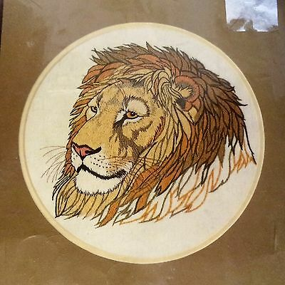 "Dimensions Crewel 1239 REGAL LION Kit by Linda Powell 14""x14"" New & Unopened"