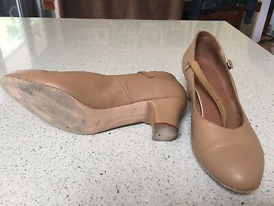 Bloch Cabaret Womens leather dance/stage/character shoe, tan sz 91/2 ladies