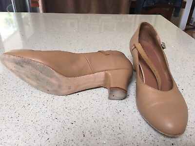 Bloch Cabaret Womens leather dance/stage/character shoe, tan sz 8.5 ladies