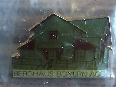Pin Berghaus Bonern am Pilatus very rar see scan