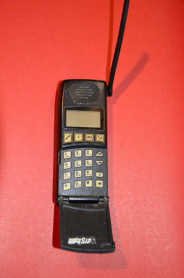 VINTAGE BRICK ERICSSON GSM Type 1513 Cell phone mobile phone