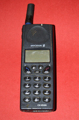 Vintage Ericsson GH688 GSM Cell phone Mobile phone  Collectible