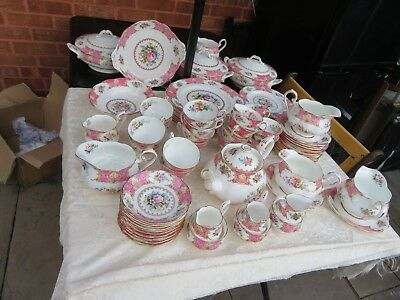 Stunning Royal Albert Lady Carlyle  Choices