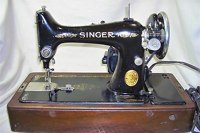 Vintage 1926 Singer 99-13 Sewing Machine in Bentwood Case Serviced VG Cond 5522