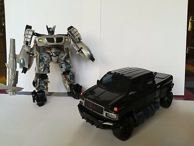 Transformers Movie 2007 Battle Damaged Jazz and Ironhide