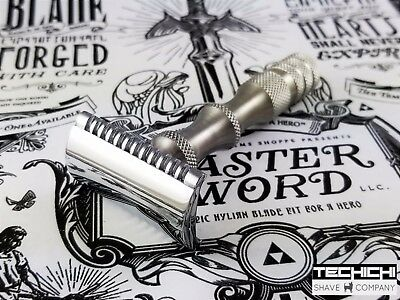 Weaponry Tachi Double Edge Safety Razor in Open Comb