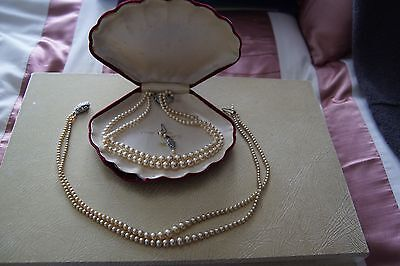 Old Ratners Cultured Pearls in Original Box
