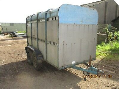 Cattle Trailer/ Livestock Trailer/ Sheep Trailer
