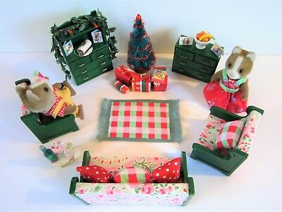 Sylvanian Families - Xmas Sitting Room Furniture, Figures & Accessories.
