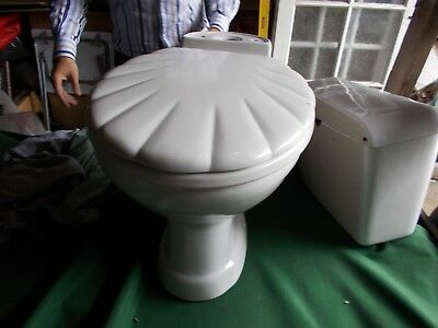 complete shell bathroom suite,used,but excellent condition quality porceline