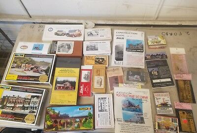 Lot of N Scale Buildings & Accessories NEW  DPM GOLD  etc.. Nice Look!!!