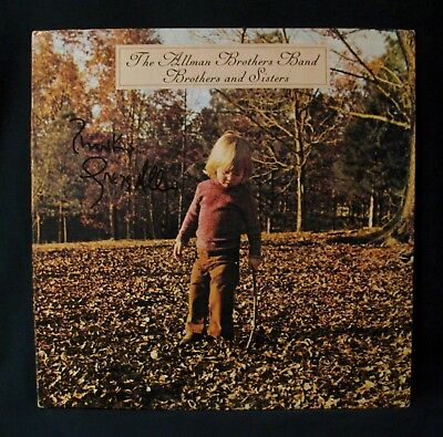GREGG ALLMAN-Autographed BROTHERS AND SISTERS Album-THE ALLMAN BROTHERS BAND