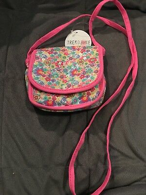 Trend Zone Little Girls Purse Long Straps Sparkly And New