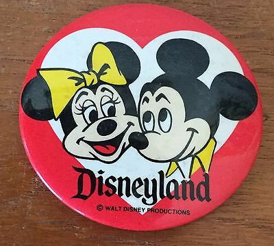 """EXC ORIG 1960s/70s DISNEYLAND 3.5"""" MICKEY MOUSE AND MINNIE LOVERS VINTAGE PIN"""