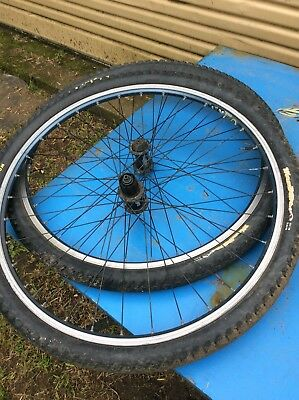 Mavic X221 Wheel set Rims 26 Deore Hubs Maxxis Wormdrive Tyres MTB Mountain Bike