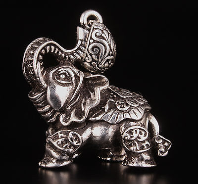 Miaoyin Elephant Statue Lovely Pendant Necklace Ornament Figurine Collectable