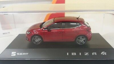 Novedad Seat Ibiza Fr (2017) 1/43 Seat Collection. Color Desire Red.