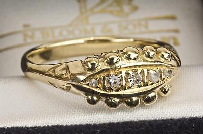 AN EARLY 20th CENTURY SOLID 18ct GOLD DIAMOND 5 STONE RING SIZE O (US 7.25)