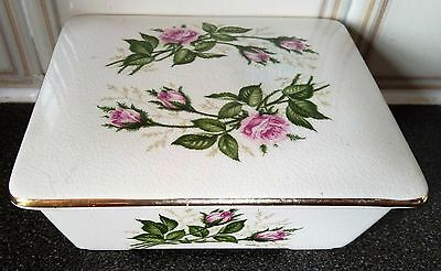 Labeled Pottery Jewelry/Soap Box with Flowers-MADE ENGLAND.H-5.5/13.5X11.5cm