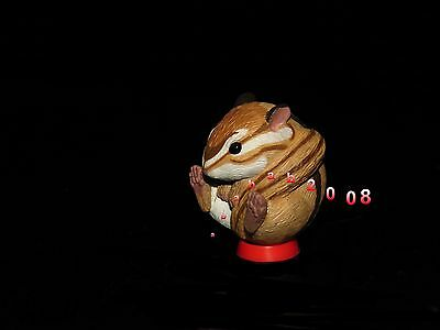 Takara Tomy Manmaru animal figure spherical gashapon - squirrel (one figure)